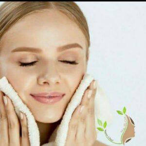 آبرسانی پوست با دستگاه هیدرودرم