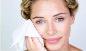 پاک کننده لوازم آرایش جزو مراقبت های بهداشتی
